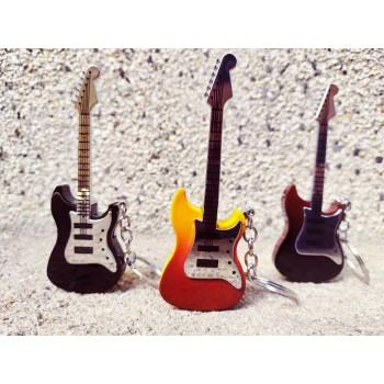 Запалка китара ключодържател